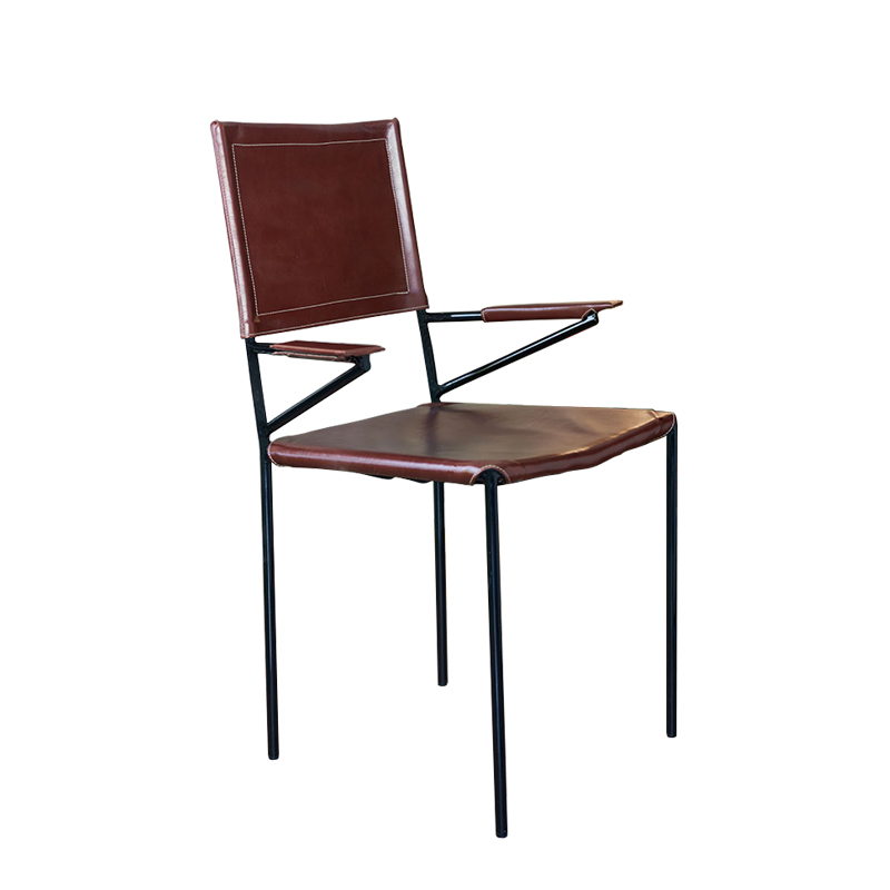 ROUNDIRON CHAIR WITH ARMREST (LEATHER)